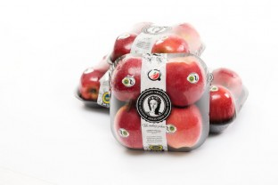 4 jablka